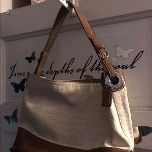 Coach cream signature and Leather Shoulder Bag